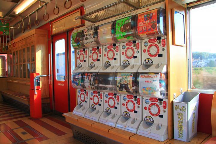 1_04和歌山電鐵-玩具電車扭蛋機